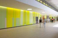 08-RMK-Farbwand-Erdgeschoss-Eingangshalle